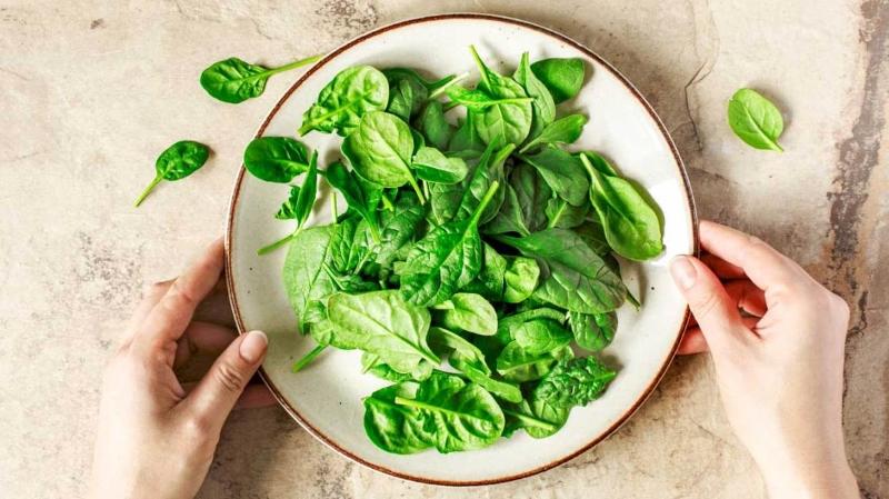 De ce este recomandat sa includem spanacul in dieta?